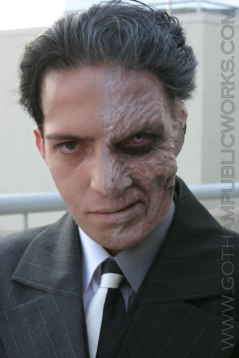 File:Harvey Dent Gotham by Gaslight 01.jpg